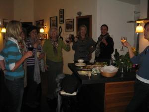 Aida with Erika Vlug, Ineke Overdijk and friends.